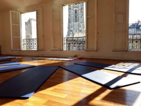 salle-yoga-lafleche-vue-fleche